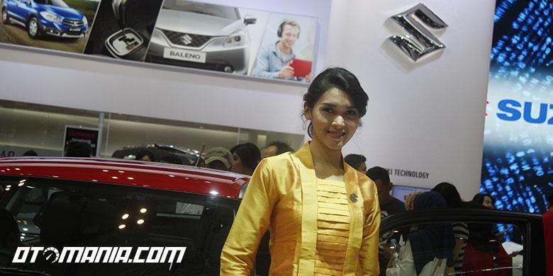 Suzuki Angel tampil dengan kebaya di hari kemerdekaan