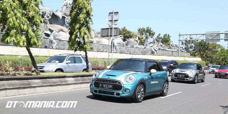 Mini Cooper S Cabriolet dijajal pada ajang MINI Adventure di pulau Bali