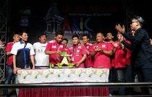 AXIC Ultah, Bikin Siaran Langsung Tiup Lilin di seluruh Indonesia