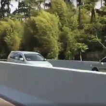 Viral, Mobil Lawan Arah di Jalan Tol