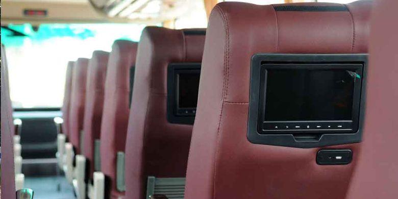Bus tingkat baru dari PT Putera Mulya Sejahtera, melayani jurusan baru Bogor-Jakarta-Solo-Wonogiri. Di lantai atas tersedia 38 kursi, semuanya sudah dilengkapi sarana hiburan audio-video on demand.