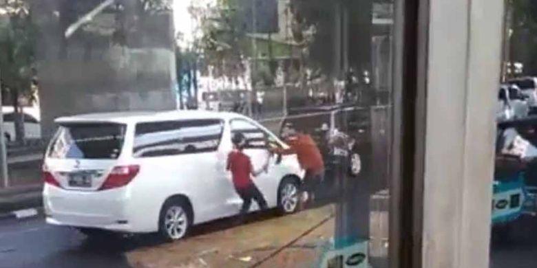 Perampokan spion yang terjadi di Jakarta Barat.