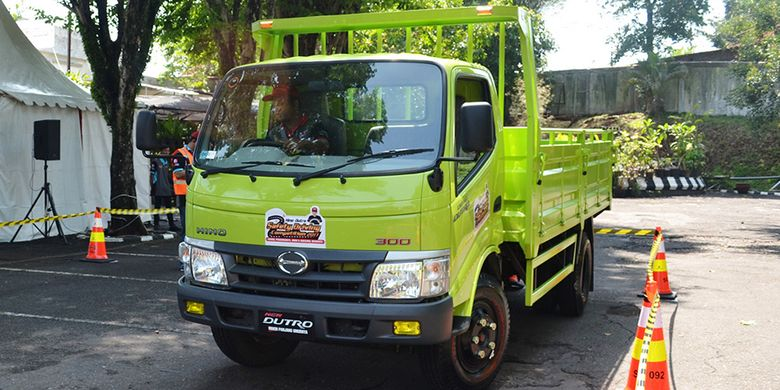 Hino Dutro Safety Driving Competition