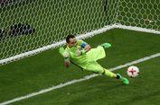 Dengan Kondisi Cedera, Bravo Gagalkan 3 Penalti Portugal