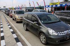 H+2, Volume Kendaraan di Tol Bawen-Salatiga Masih Padat