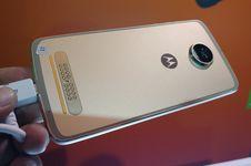 Aksesori 'Foto Langsung Jadi' Motorola Dijual Rp 2,7 Juta