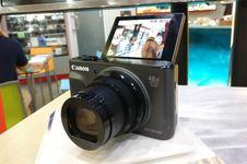 Resmi di Indonesia, Canon Powershot SX730 HS Cocok untuk 'Vlogger'