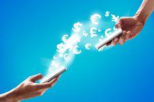 Kapan Fitur Isi Ulang Uang Elektronik 'E-commerce' Bisa Dipakai Lagi?