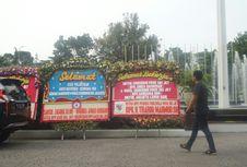 Karangan Bunga untuk Ahok-Djarot Dibersihkan, Diganti dengan Milik Anies-Sandi