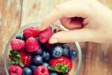 Mengakali Diri Sendiri Supaya Lebih Banyak Makan Buah