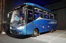 """""""All New Tourista"""" Meluncur pada Empat Dekade Laksana Bus"""