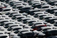 """Studi Baru, Taksi """"Online"""" Mengancam Penjualan Mobil"""