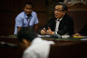 Pengacara Setya Novanto: Dakwaan Dibacakan, Berarti Praperadilan Gugur Sudah