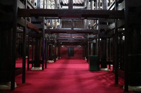 Mendalami Arsitektur Unik Masjid Agung Cirebon