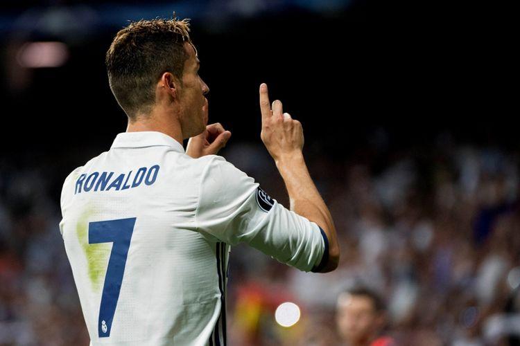Menghitung Peluang Cristiano Ronaldo Pulang ke Manchester United