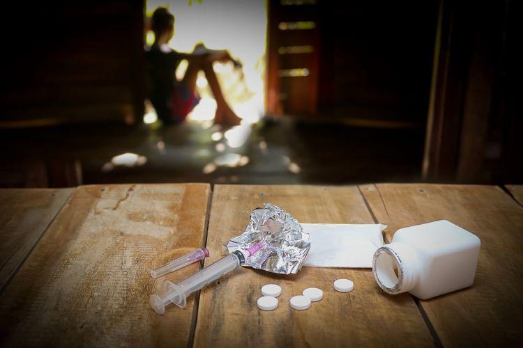 Ilustrasi anak dan narkoba