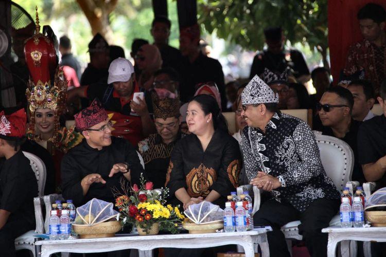 Menko Pembangunan Manusia dan Kebudayaan Puan Maharani pada acara pembukaan Banyuwangi Ethno Carnival, Sabtu (11/11/2017).