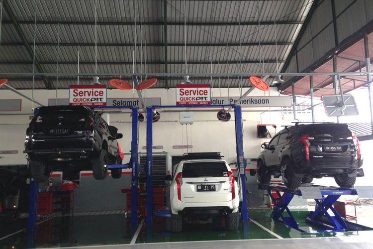 Area Servis dealer baru Mitsubishi Yogyakarta di Jalan Magelang, Mlati, Sleman, Yogyakarta.