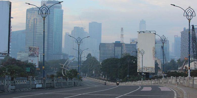 Suasana jalan di Jakarta saat Lebaran hari pertama, Minggu (25/6/2017)