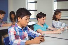Perancis Akan Larang Pelajar Pakai Ponsel di Sekolah