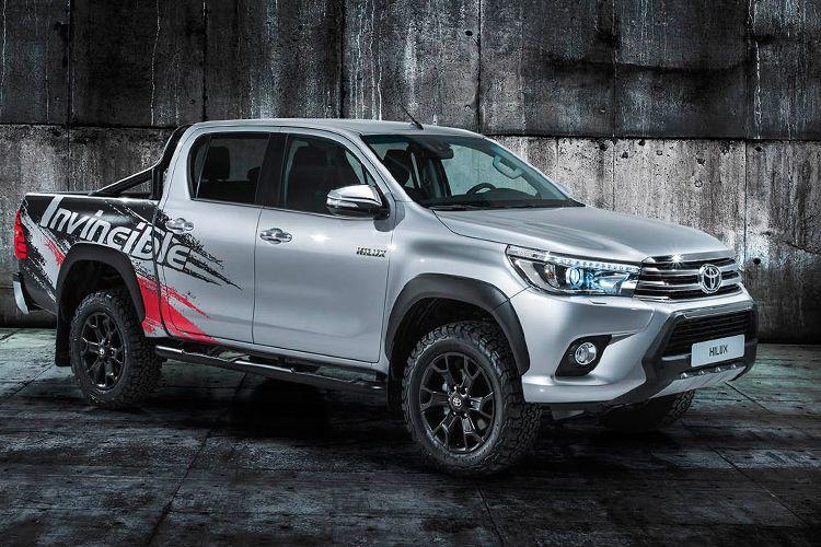 Edisi khusu Toyota Hilux Invincible 50