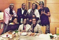 Robert Mugabe dan Keluarganya Dikabarkan Berlibur ke Singapura