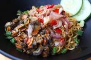 Bermula dari Sambal hingga Buat Kafe Indomie di Malaysia