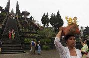 Status Gunung Agung Awas, Pura Besakih Ditutup Bagi Wisatawan