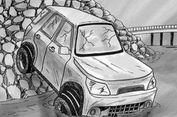 Sopir Diduga Mengantuk, Mobil Pengangkut Benda Pusaka Tabrak Pohon