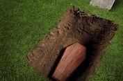 Sejumlah Makam di Tarakan Terbongkar Akibat Longsor Terguyur Hujan
