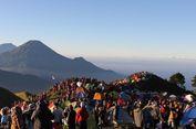 Apa yang Membuat Gunung Prau Selalu Ramai Dikunjungi?