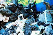Hujan, Risma Keluarkan Setengah Truk Sampah dari Selokan
