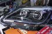 Ngabuburit, Bisa Servis atau Bersihkan Lampu Mobil