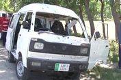Serangan Bom dan Tembakan Menewaskan Puluhan Orang di Pakistan