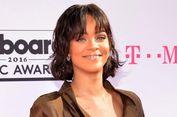 Rihanna Akan Diabadikan Jadi Nama Jalan di Kampung Halamannya