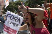 Gerbang Rumah Dinas Presiden Brasil Roboh Ditabrak Pengendara Mobil