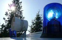 Polisi Tolong Tindak Lagi Mobil yang Pakai Rotator dan Sirine