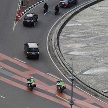 Konvoi Dikawal Polisi Bikin Arogan