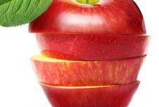 Sebaiknya Apel Tak Dimakan Beserta Kulitnya?