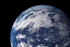 Bagaimana Kehidupan di Bumi Bermula? Sains Mencoba Menjawabnya