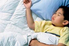 Mendengkur pada Anak Berakibat Langsung pada Otak