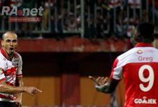 Odemwingie Kesal dengan Pernyataan Madura United