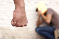 Kesal Tak Diberi Es Kelapa, Preman Tusuk Pedagang di Tebet