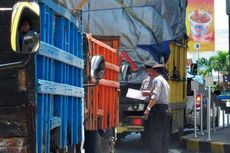 Urai Kemacetan di Bali, Truk ke Lombok Dialihkan Lewat Laut