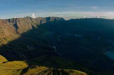Pemerintah Dorong Percepatan Pembangunan Jalan Lintas Gunung Tambora