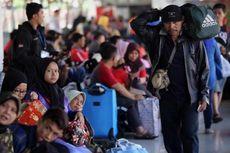 Musim Mudik, Penumpang di Stasiun Senen Melonjak hingga 6 Ribu Orang