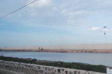 Pembangunan Tanggul Laut di Cilincing Sudah Mencapai 56 Persen