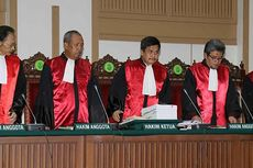 KY Dianggap Berlebihan Curigai Promosi Tiga Hakim Kasus Ahok