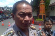 Rumah Terduga Pelaku Teror Bom Kampung Melayu Digeledah, Sebuah Ponsel Diamankan