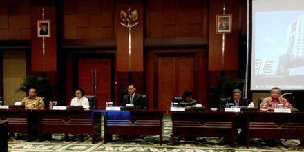 Dalam Seleksi Dewan Komisioner OJK, Anggota DPR Pun Terpental...